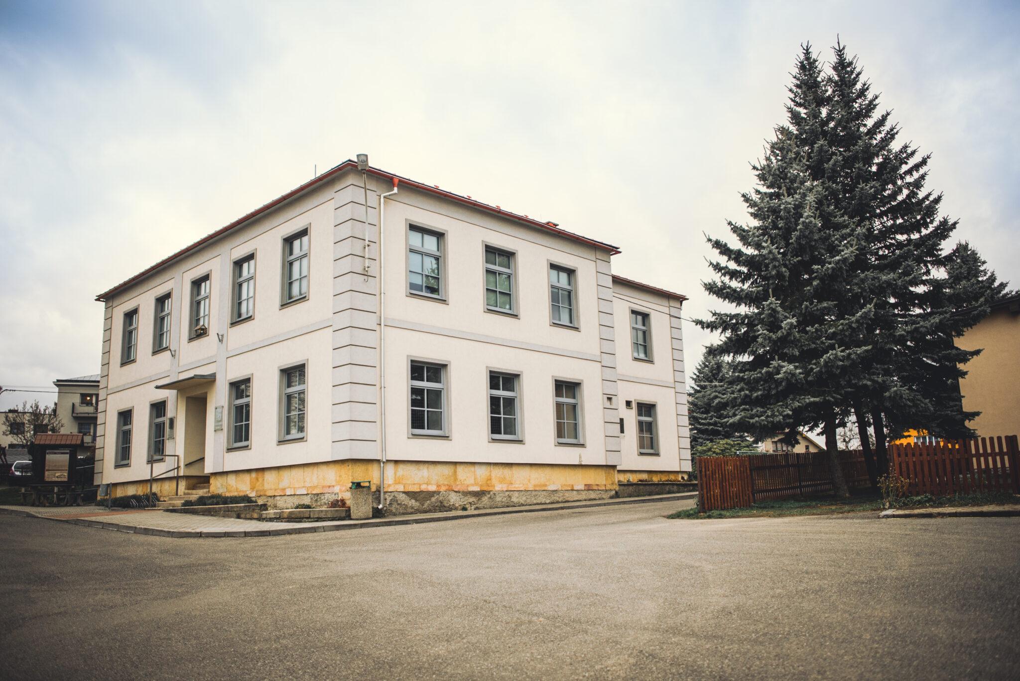 Základní škola v Bozkově